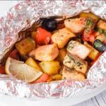 Семга в фольге с овощами